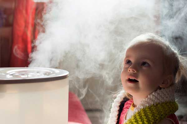 child with humidifier